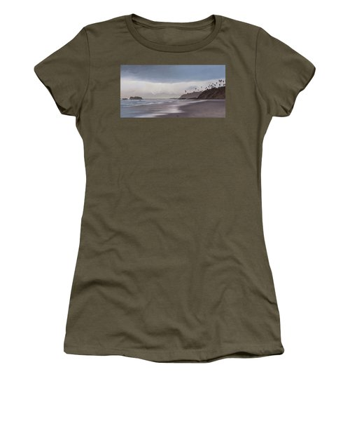 Main Beach Reflections Women's T-Shirt