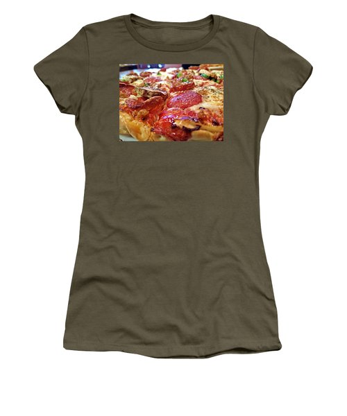 Women's T-Shirt featuring the photograph Mama Lido's Pizza by Robert Knight