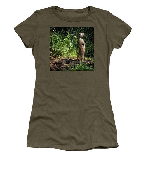 Meerkat Women's T-Shirt (Athletic Fit)