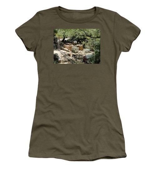 Mini Town Women's T-Shirt (Athletic Fit)
