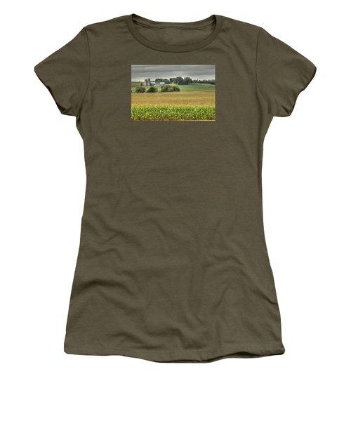 Minnesota Farm Women's T-Shirt (Athletic Fit)