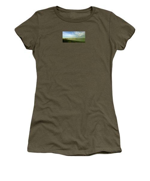 Mirror Calm Women's T-Shirt (Athletic Fit)