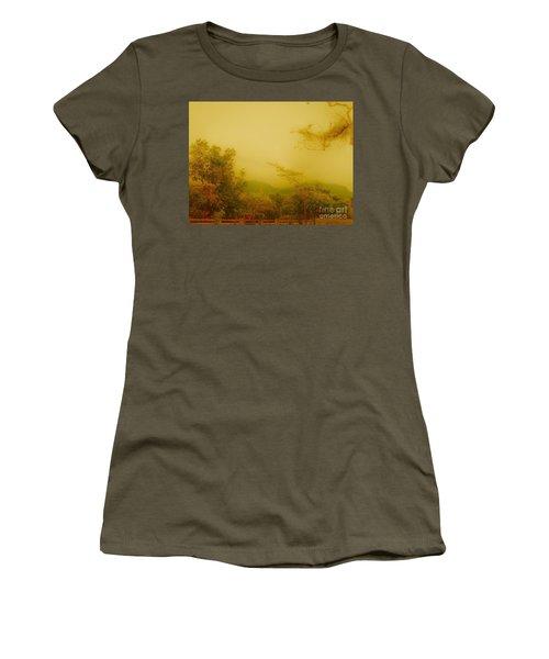 Misty Yellow Hue- El Valle De Anton Women's T-Shirt