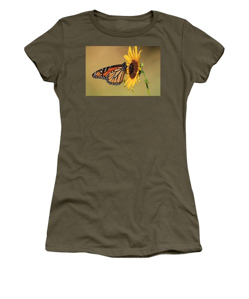 Monarch Butterfly On Sun Flower Women's T-Shirt