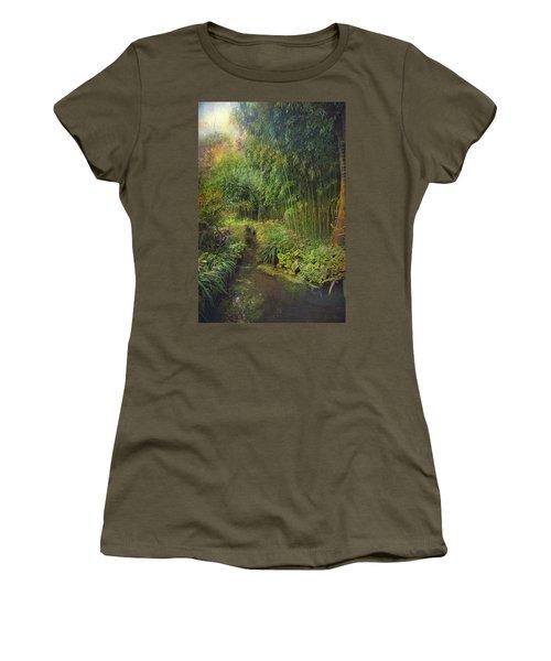 Monets Paradise Women's T-Shirt (Athletic Fit)