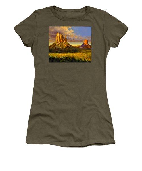 Monument Passage Women's T-Shirt (Athletic Fit)