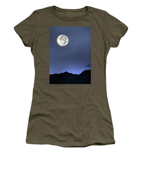 Moon Over Ko'olau Women's T-Shirt