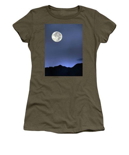 Moon Over Ko'olau Women's T-Shirt