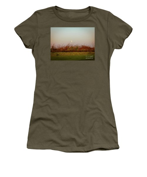 Moonscape Evening Shades Women's T-Shirt