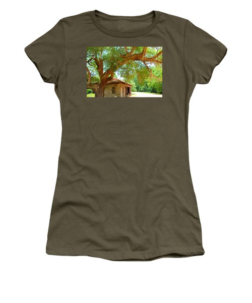 Mossy Tree In Natchez Women's T-Shirt (Athletic Fit)