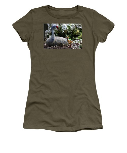 Mother Listening Women's T-Shirt (Athletic Fit)