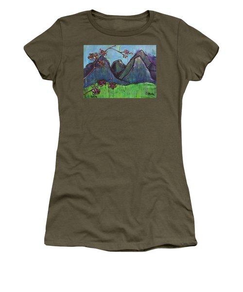 Copper Mountain Pose Women's T-Shirt
