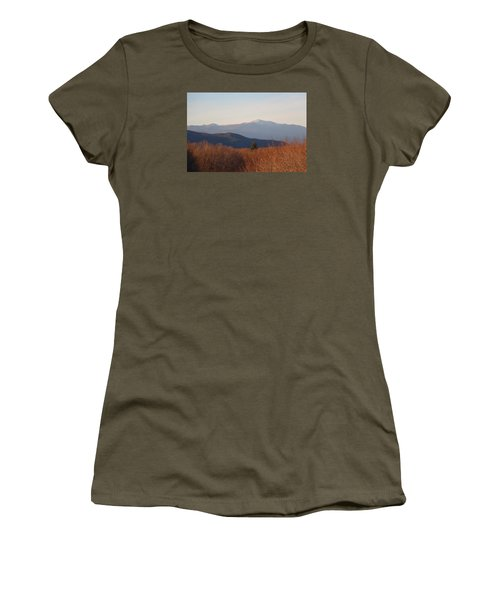 Mt Washington Nh Women's T-Shirt (Athletic Fit)