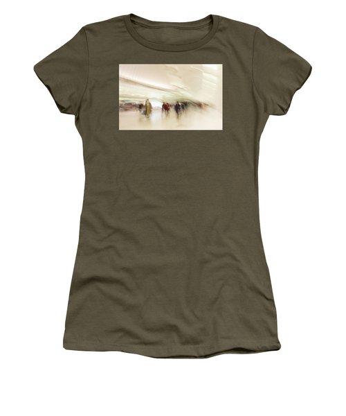 Multitudes Women's T-Shirt