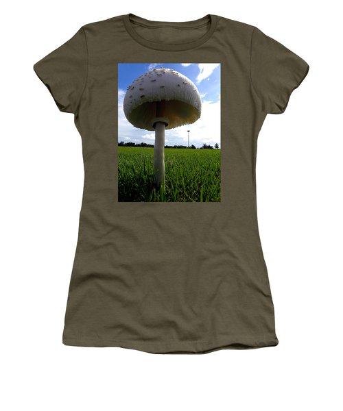 Mushroom 005 Women's T-Shirt (Junior Cut) by Chris Mercer