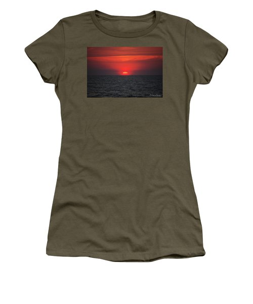 Myrtle Beach Sunrise 1 Women's T-Shirt (Athletic Fit)