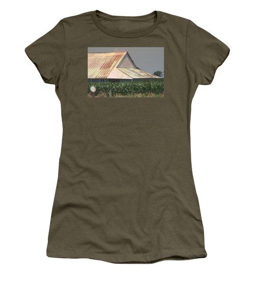 Nebraska Farm Life - The Tin Roof Women's T-Shirt (Athletic Fit)