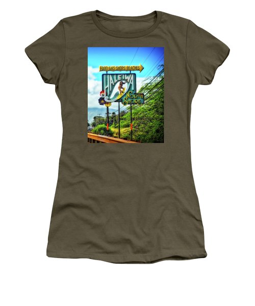 North Shore's Hale'iwa Sign Women's T-Shirt (Athletic Fit)
