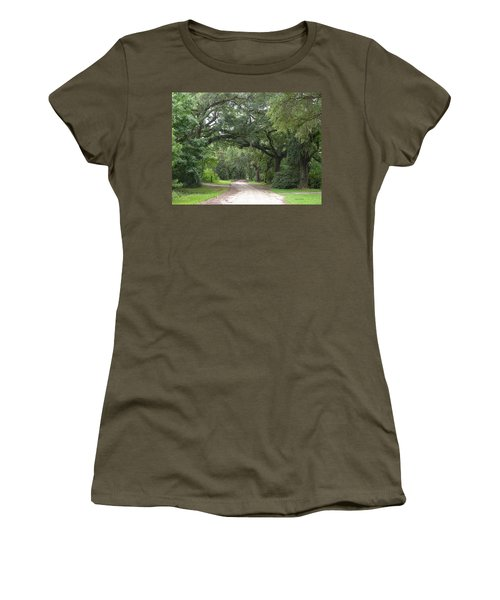 Oak Laden Back Road Women's T-Shirt (Athletic Fit)