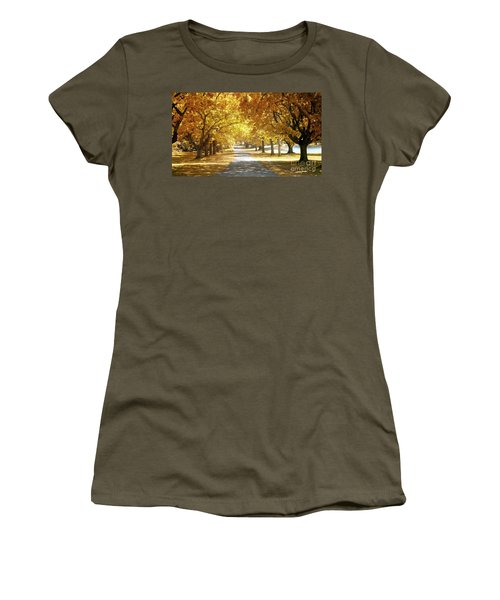 Oak Tree Avenue In Autumn Women's T-Shirt