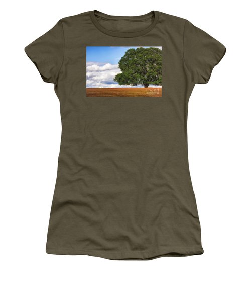 Oaktree Women's T-Shirt (Athletic Fit)