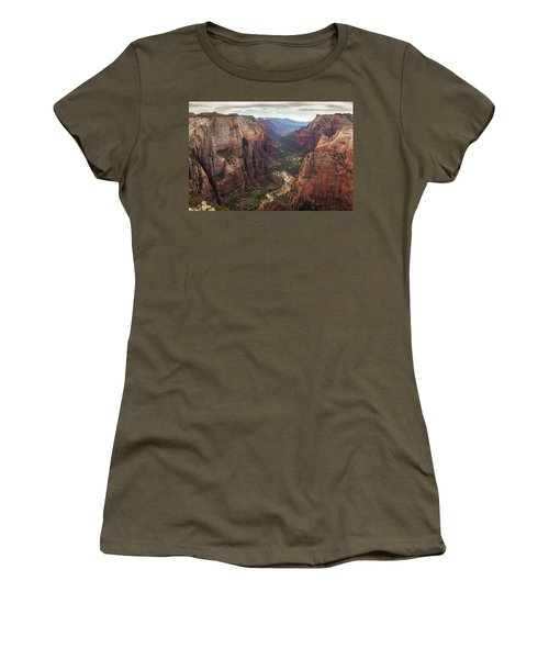 Observation Point - Zion Women's T-Shirt (Athletic Fit)