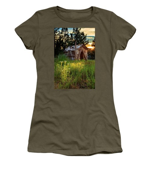 Old Cabin At Sunset Women's T-Shirt
