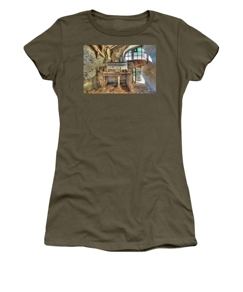 Old Kitchen - Vecchia Cucina Women's T-Shirt