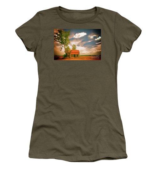 Old Rustic Vintage Farm House And Tree Ap Women's T-Shirt (Athletic Fit)