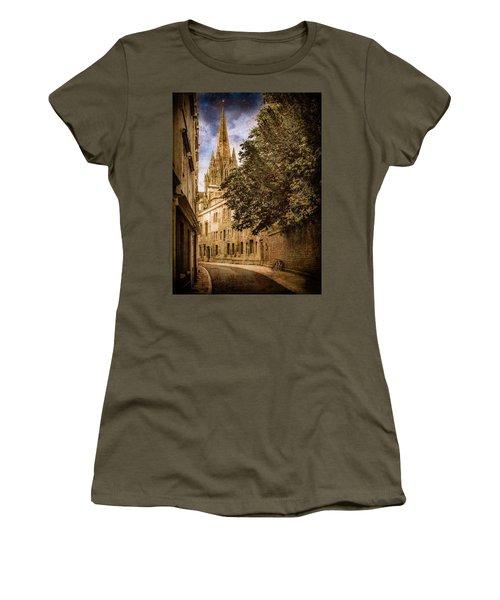 Oxford, England - Oriel Street Women's T-Shirt