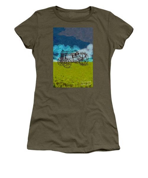 Out In The Field Women's T-Shirt