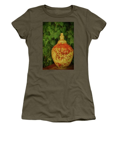 Painted Vase Women's T-Shirt