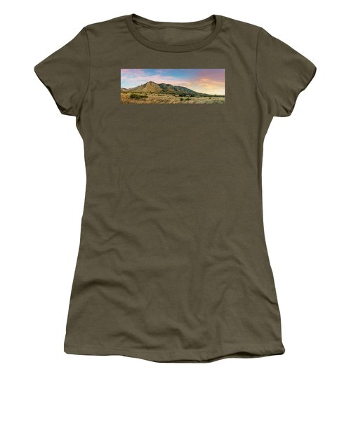 Panorama Of Hunter Peak And Frijole Ridge At Guadalupe Mountains National Park - West Texas Women's T-Shirt