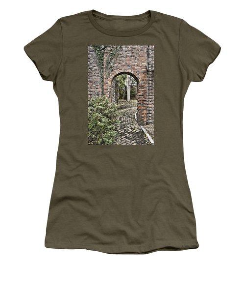 Passage  Women's T-Shirt