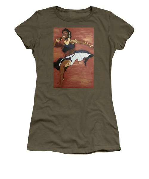 Pearl Primus Women's T-Shirt (Athletic Fit)