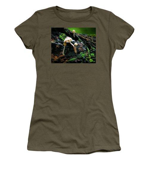 Peek-a-boo Mushroom Women's T-Shirt
