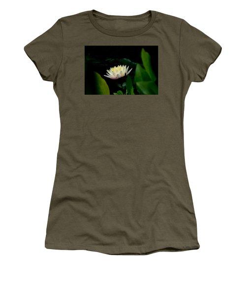 Peekaboo Lemon Water Lily Women's T-Shirt
