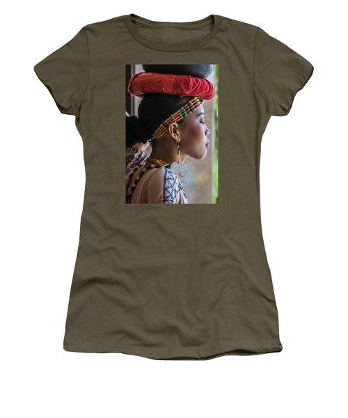 Philippine Dancer Women's T-Shirt (Athletic Fit)