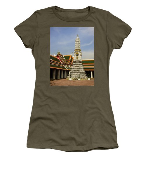 Phra Prang Tower At Wat Pho Temple Women's T-Shirt