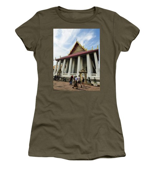 Phra Ubosot At Wat Pho Temple Women's T-Shirt