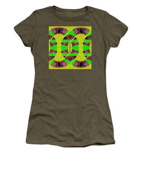 Pic10_coll2_14022018 Women's T-Shirt
