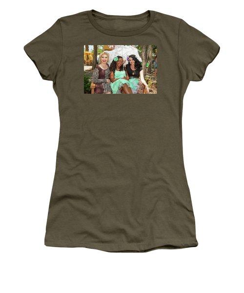 Pin-ups At The Zoo Women's T-Shirt