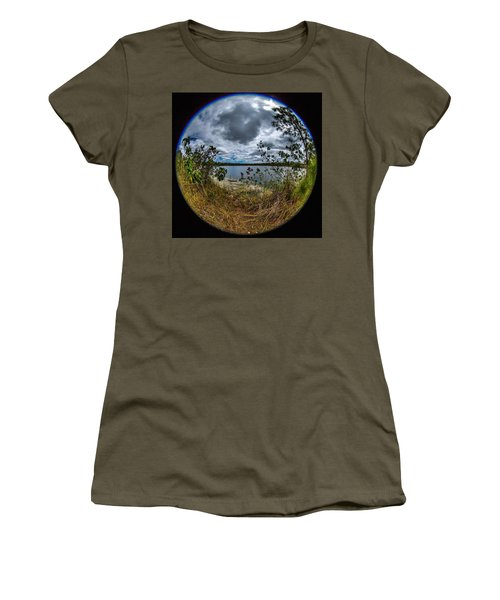 Pine Glades Lake 18 Women's T-Shirt (Athletic Fit)