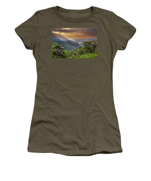 Pinnacle Sunset  Women's T-Shirt