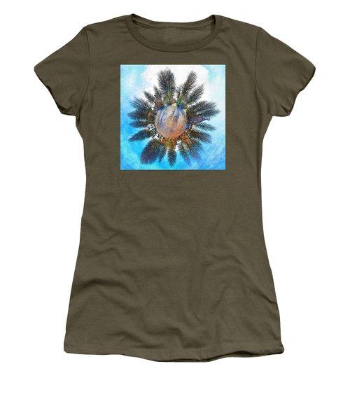 Planet Bourtange Women's T-Shirt