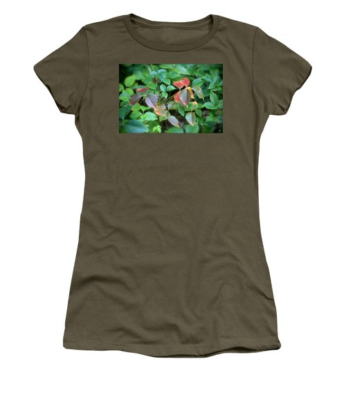 Poison Ivy In August Women's T-Shirt