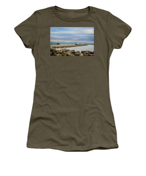 Port Washington Light 6 Women's T-Shirt (Athletic Fit)