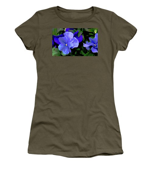 Purple Pansy Posterized Women's T-Shirt
