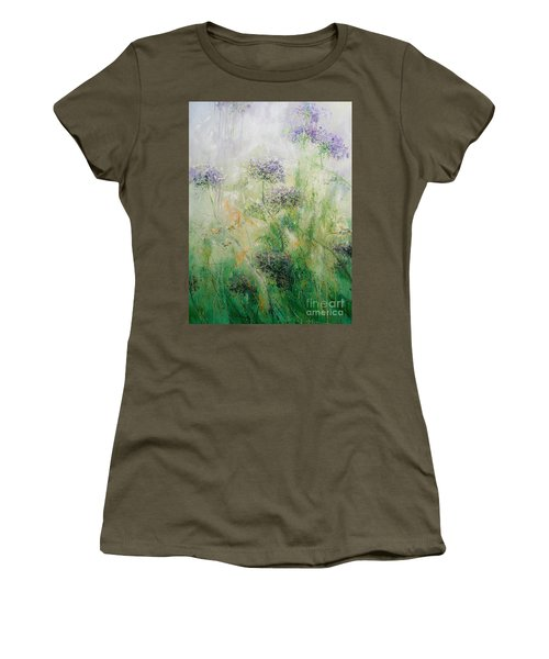 Queen Ann's Lace Women's T-Shirt (Athletic Fit)