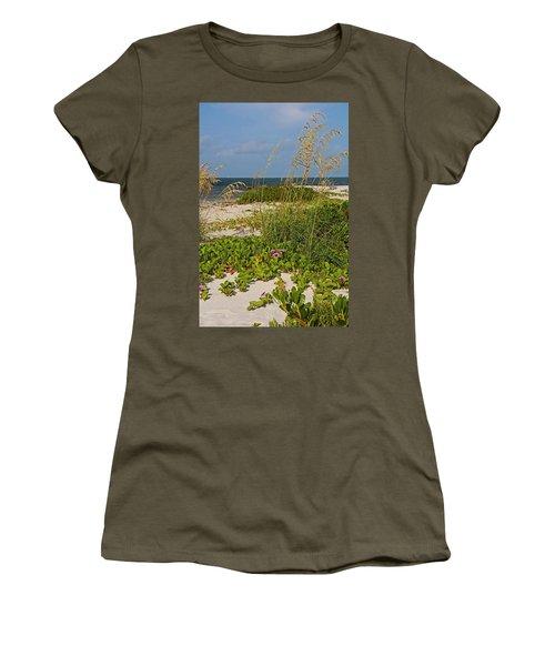 Railroad Vines On Boca Iv Women's T-Shirt